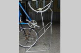 自転車置台 - 曲げ、溶接加工品