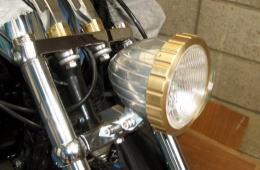 ヘッドライト装飾部品 - 旋盤、マシニングセンタ、複合加工品