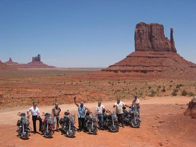 creuar l´oest americà sobre una Harley i sentir el vent a la cara