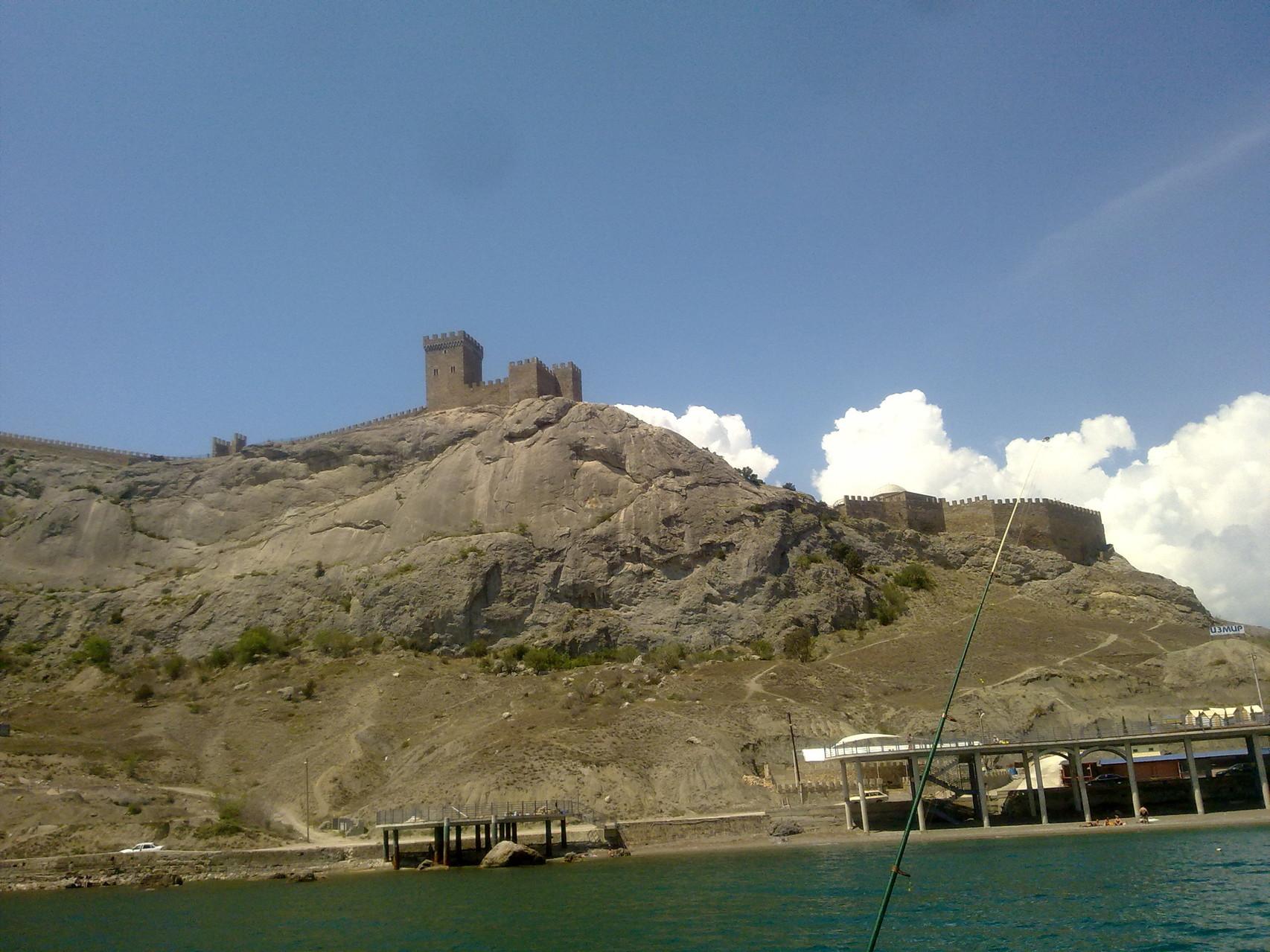 Генуэзская крепость 4-5 век
