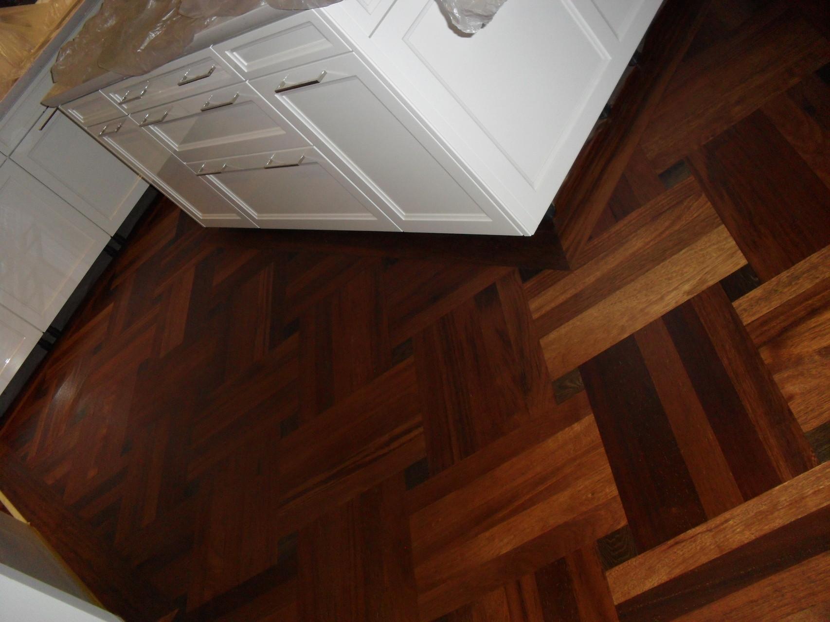 profi bodenleger profi top qualit t. Black Bedroom Furniture Sets. Home Design Ideas