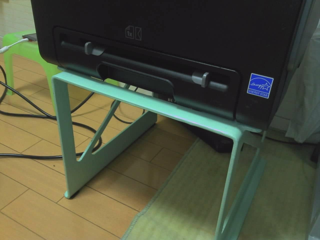 パソコン用の台座(架台)