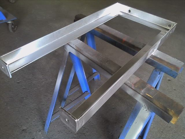 アングル5x40x40 配管パイプ固定金具 亜鉛メッキ