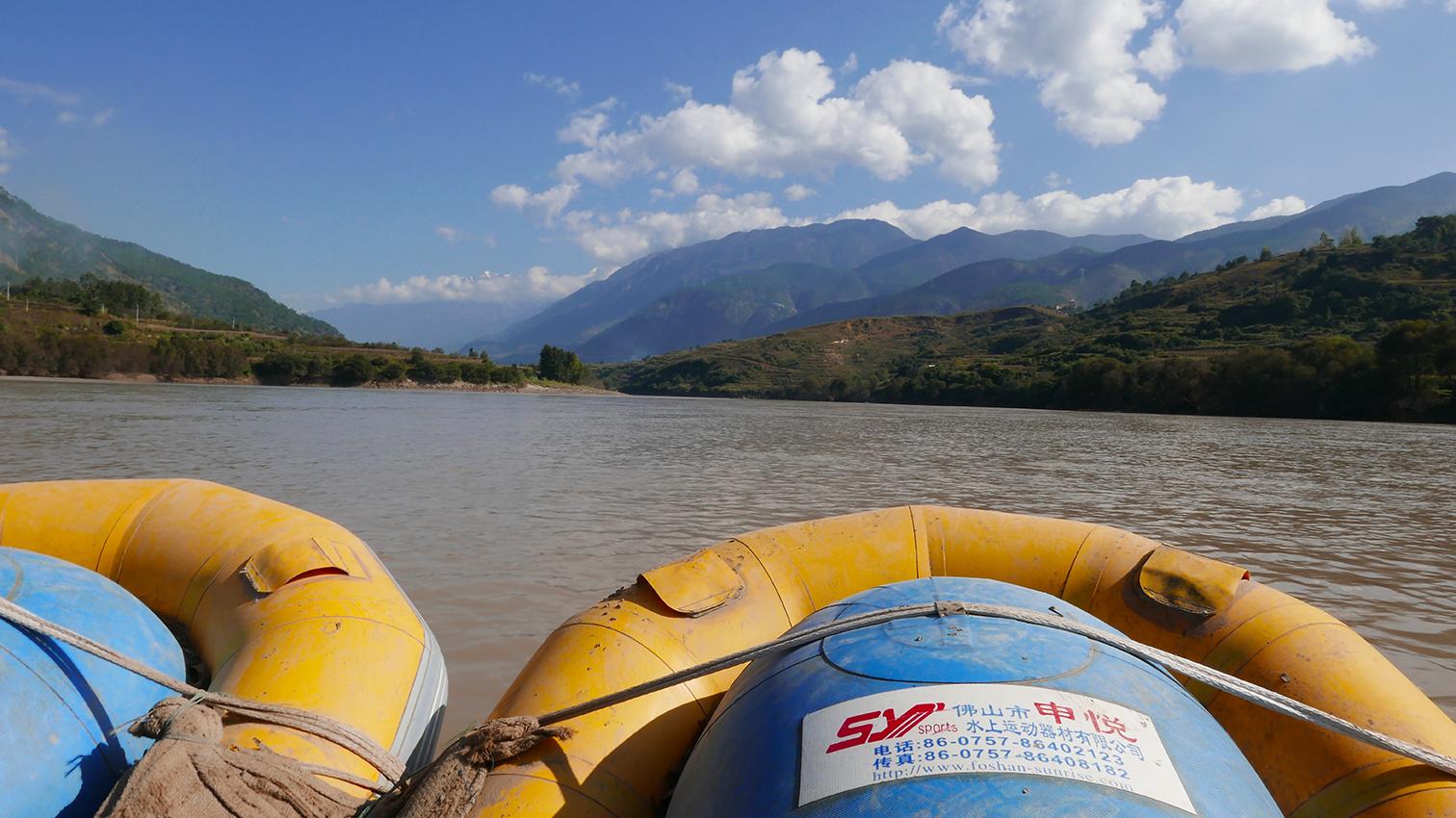 Bootsfahrt auf dem Jangtsekiang, Provinz Yunnan, China