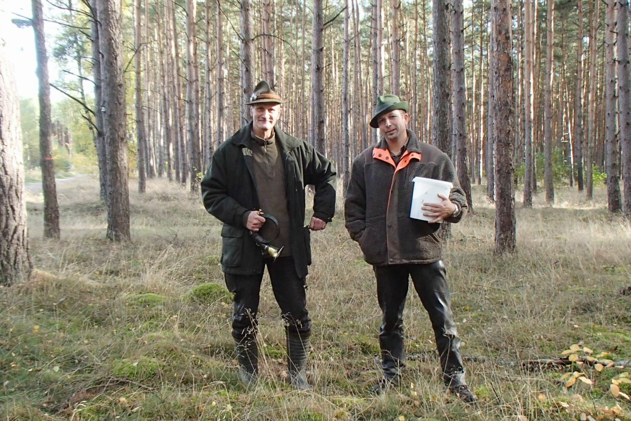 Was wäre jede Prüfung ohne unsere Helfer, hier Lutz und Konstantin.