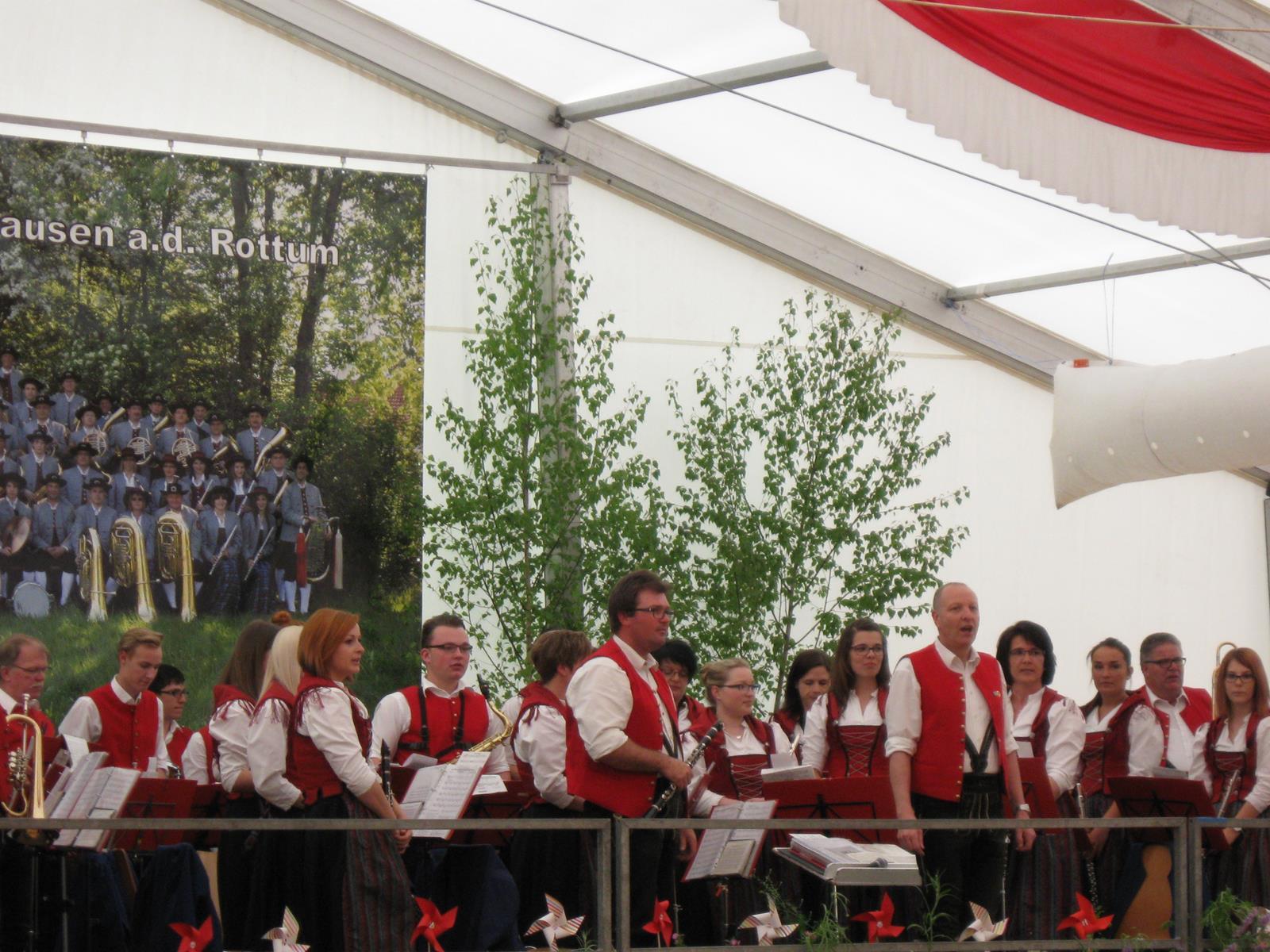Nachmittagsunterhaltung Pfingstfest in Steinhausen