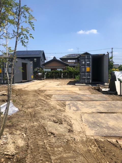 愛知県稲沢市 NEWVANコンテナ20ftハイキューブ丸型ステンレスフード・シャッター付設置