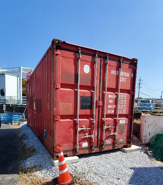 安八郡神戸町 中古コンテナ20ft現状品設置