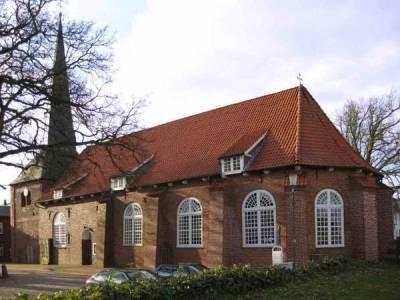 Foto von außen der Kirche Oberndorf