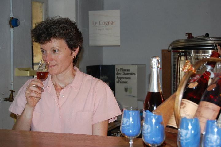Nadine Pautier - Domaine Pautier à Veillard (BOURG-CHARENTE) - Visite et dégustation à la propriété dans le crue Grande Champagne