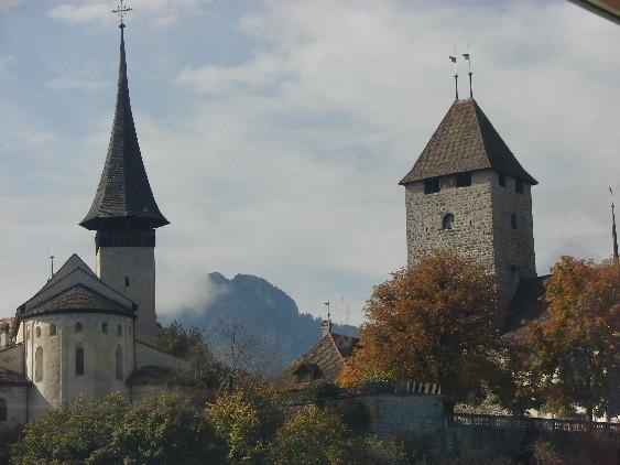 Kirche und Schloss Spiez