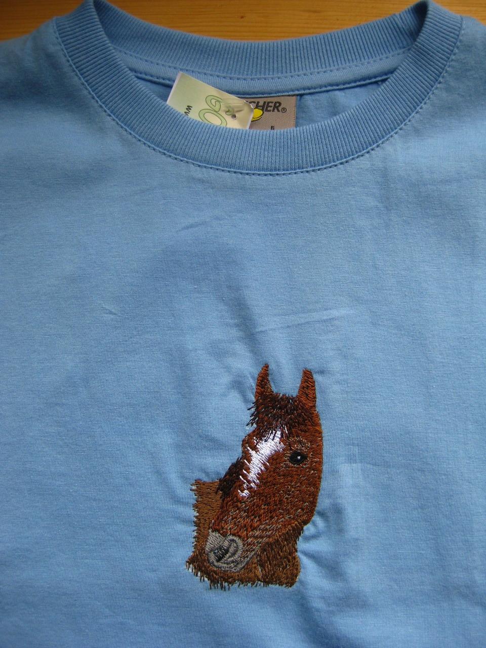 T-Shirt hellblau mit Pferd