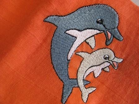 Delfine auf Nuscheli
