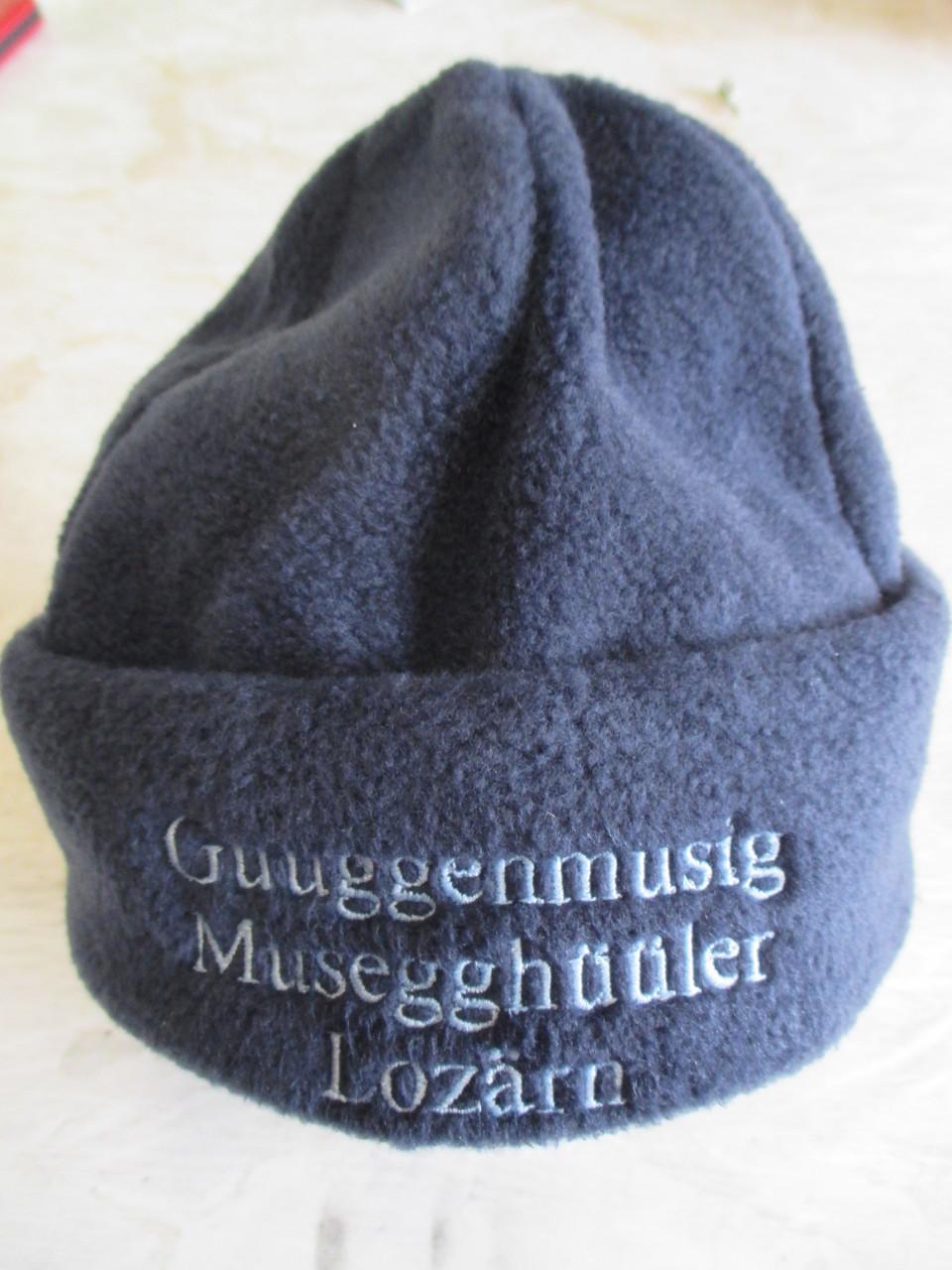 Fleecemütze mit Guggenmuusig Musegghüüler