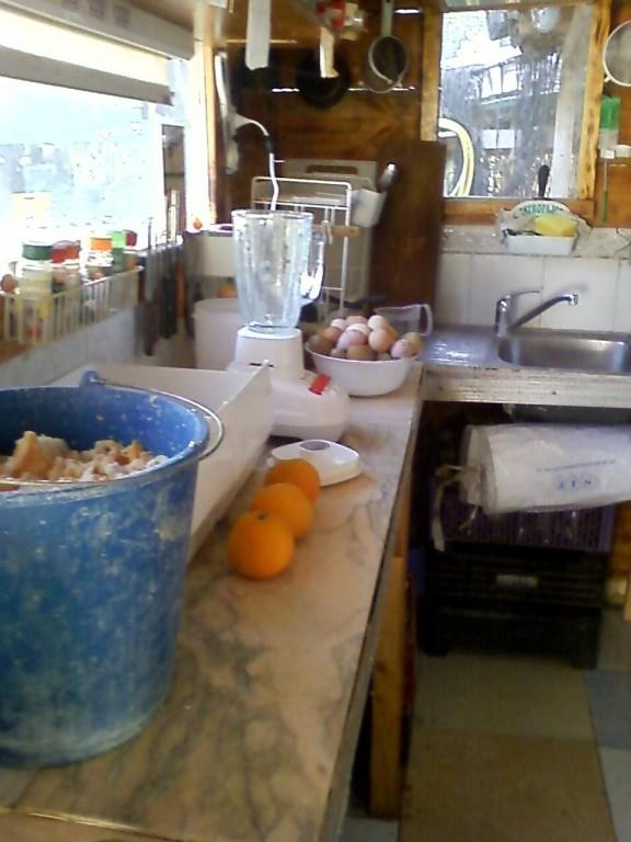 Preparación de la comida de los pèqueños - Prèparation de la patèe des petits