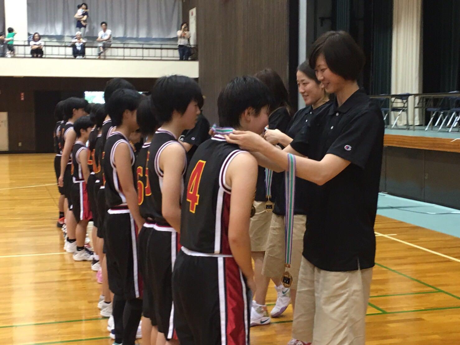 メダル授与 優勝:刈谷市立雁が音中学校