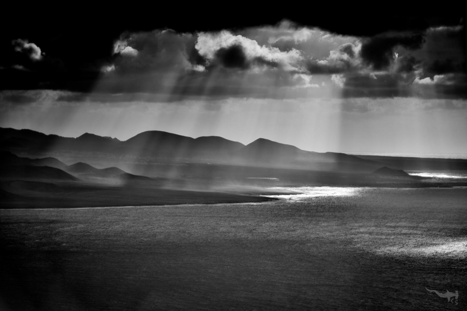 Black Sky - Montañas del Fuego