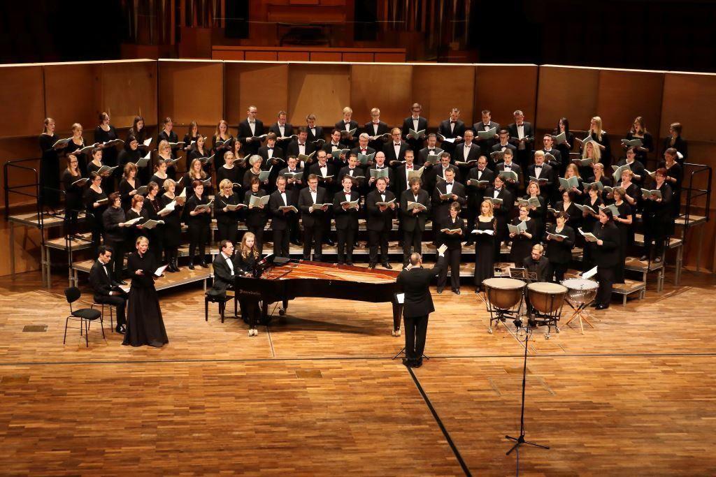 Konzert mit dem reger-chor-köln im Audimax Konzertsaal der Ruhruniversität Bochum im Oktober 2015 unter Leitung von Wolf-Rüdiger Spieler