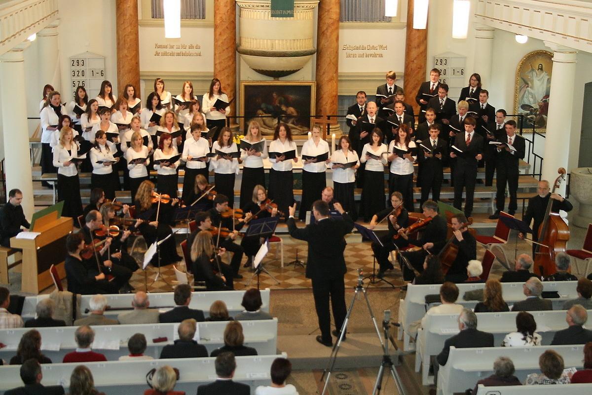 Orchester musica visenta und chor cantamus deo im Konzert - Dreieinigkeitskirche Zeulenroda