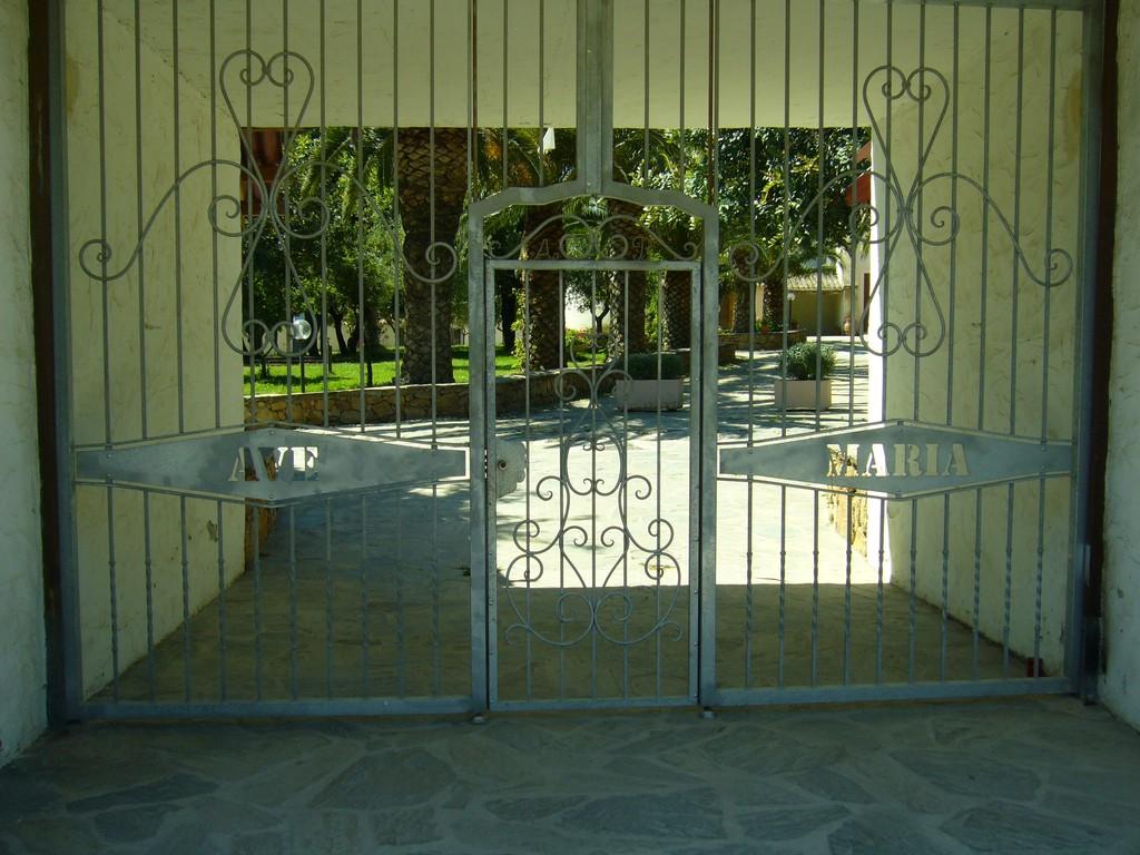 Ave Maria (Fundort: Sardinien)