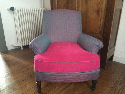 fauteuil anglais avec bras crosses enroulées