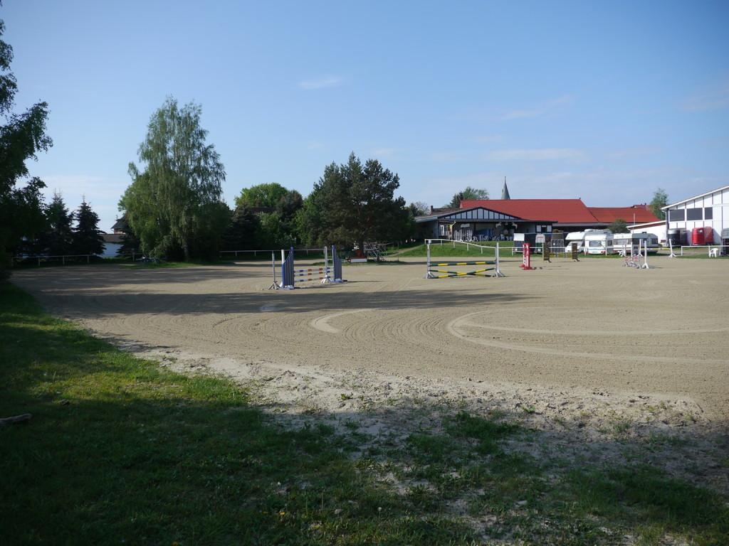 Springplatz vom Feldweg aus gesehen
