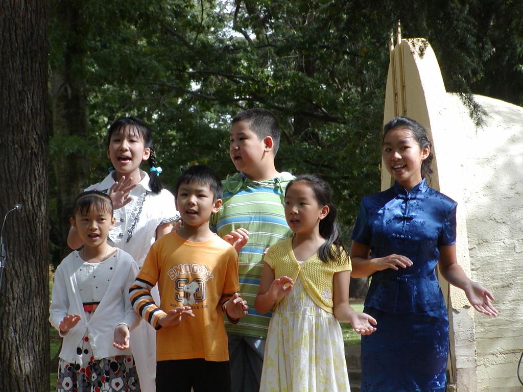 Level 2, 3 and 6 students singing 'Jasmine Flower'