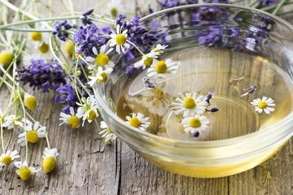 Tee, Bäder, Öle, Aromatherapie