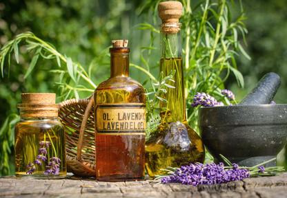 Öle, Massage, Pflanzenheilkunde