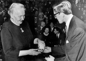 Gertrud Kurz erhält den Schweizer Preis