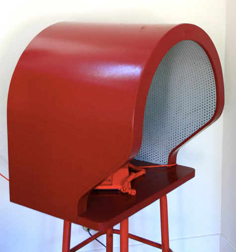 cabine téléphonique vintage isoloir bistrot