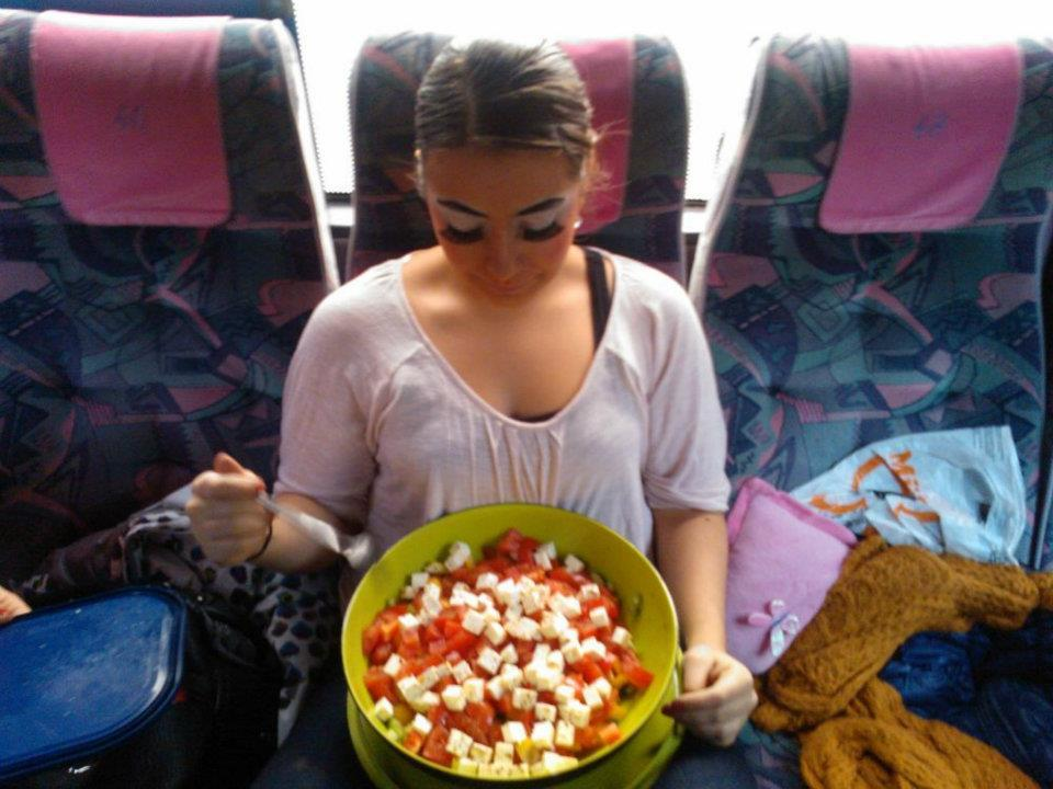 Lecker griechischer Salat zum Frühstück!