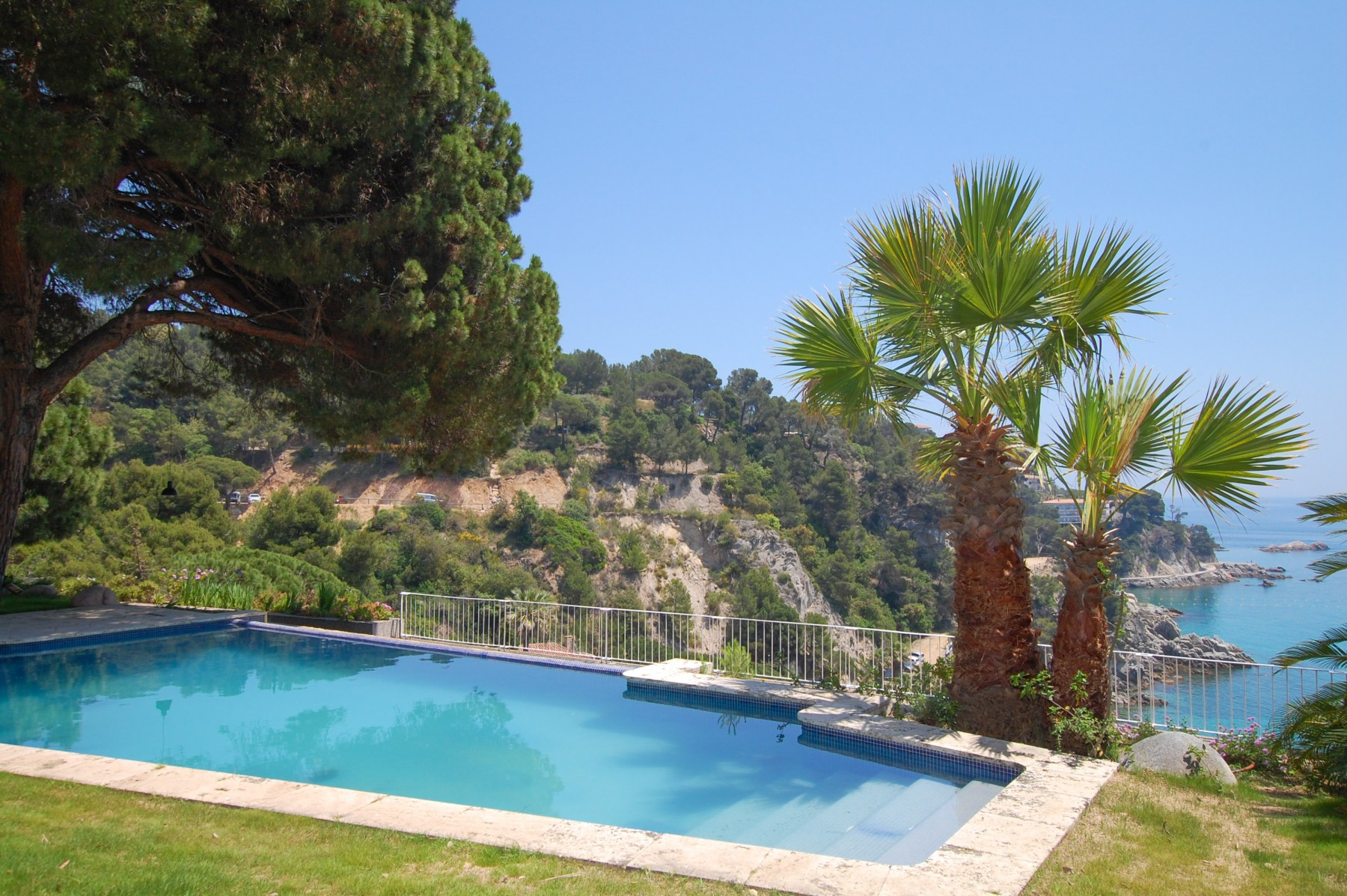 Location belles villa avec piscine tossa de Mar