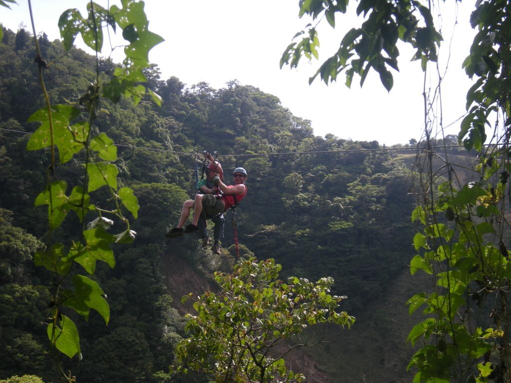 Monteverde Extremo Canopy - Top Aventure