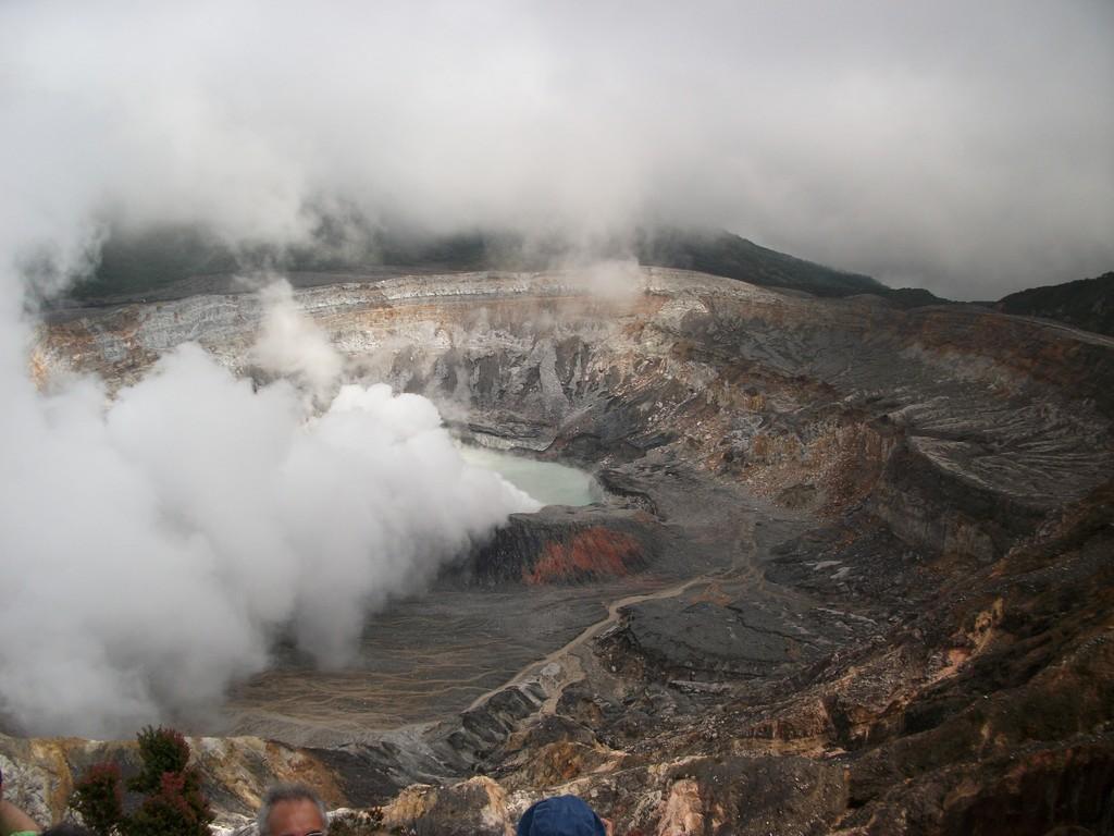 Jour 2 : Volcan Poas