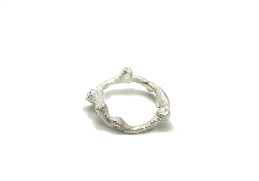 """Hope Circle"" Ring - Sterling Silver mounted by Eva Suba"