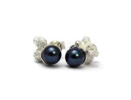 """""""Hope Pearls"""" Earstuds - Tahiti Pearls, Sterling Silver mounted by Eva Suba"""