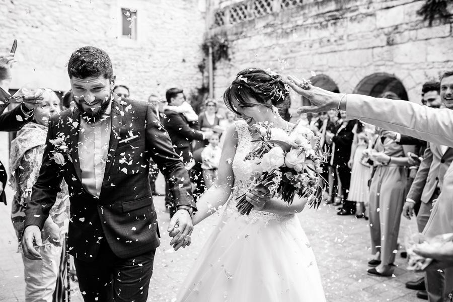 photographe mariage montpellier sortie mairie