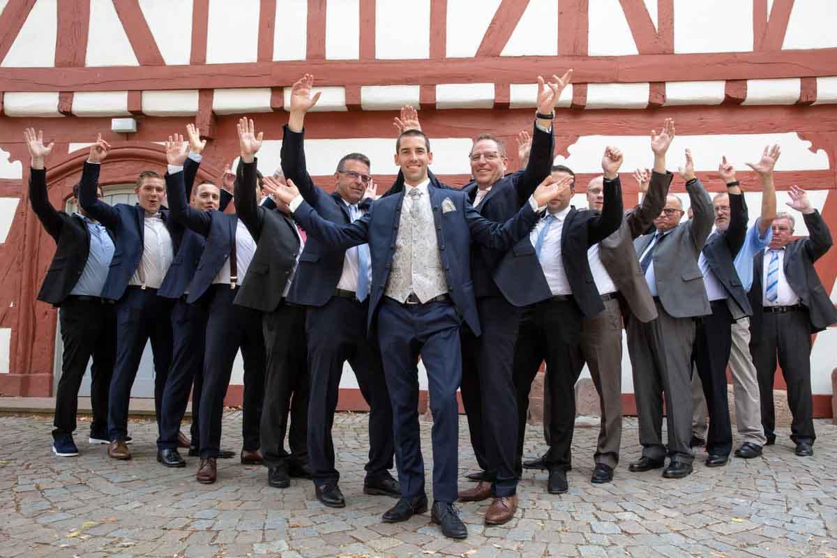 Hochzeitsgäste Bräutigam, Hochzeitsfotograf, Hochzeitsfotografin, Hochzeitslocation Weingut Josef Köhr Hauptstraße 68, 67152 Ruppertsberg