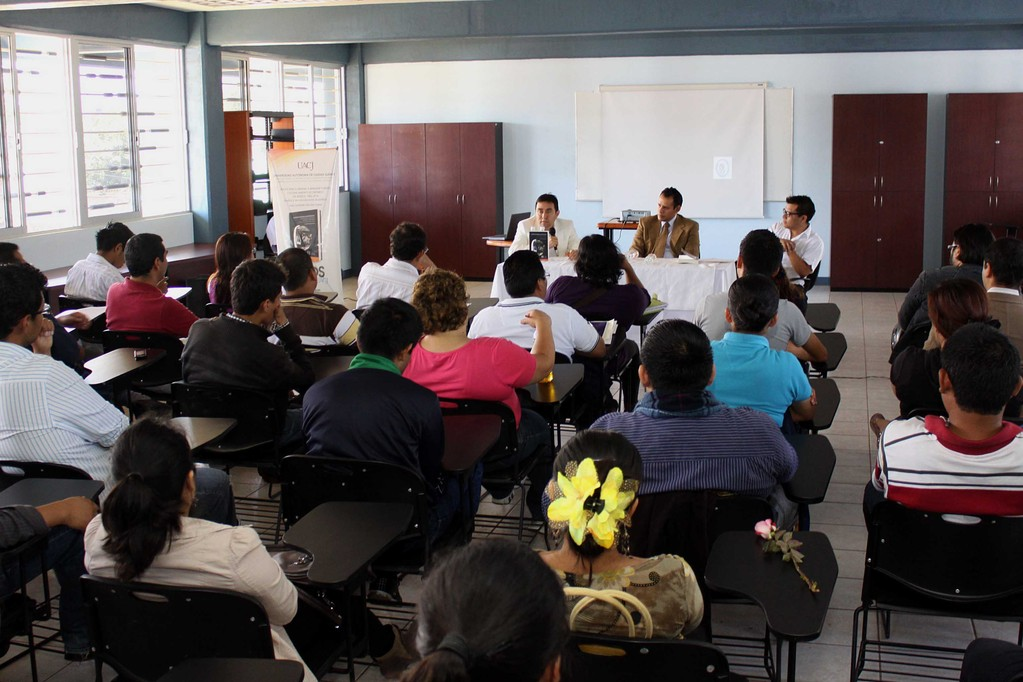 Presentación de libro en Oaxaca, 2012.