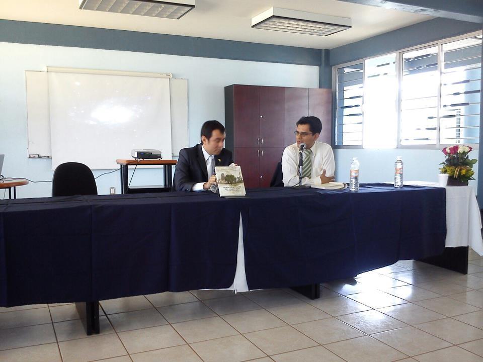 """Presentación del libro """"Nuevos Enfoques del Desarrollo"""", en Oaxaca, 2012"""