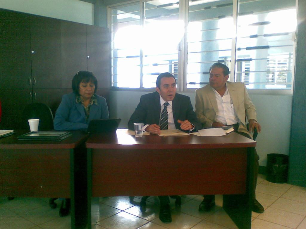 Conferencia en la Escuela de Economía de la UABJO, 2010