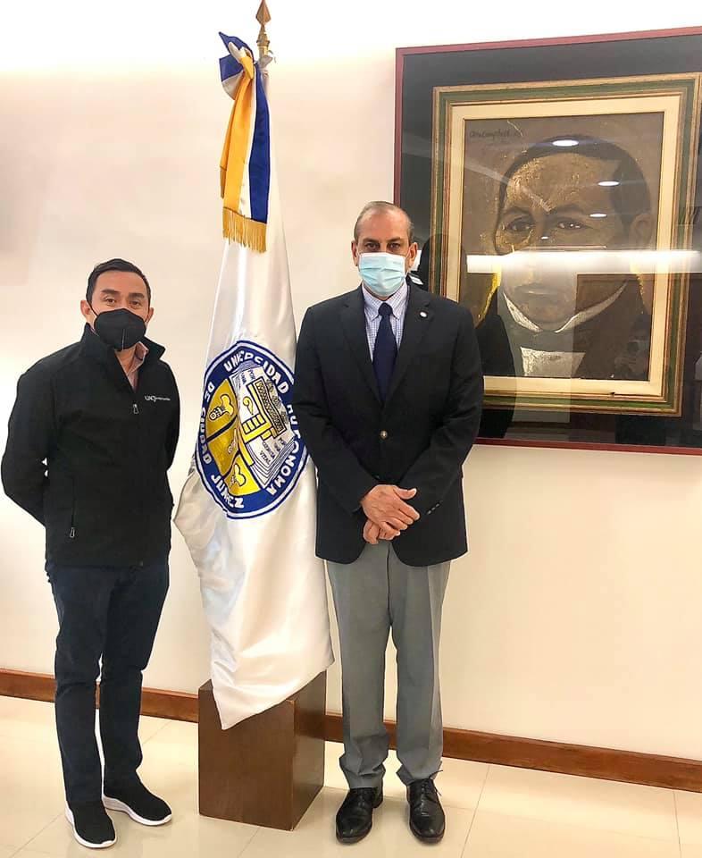 Con mi jefe el Rector Juan Camargo, 2021.