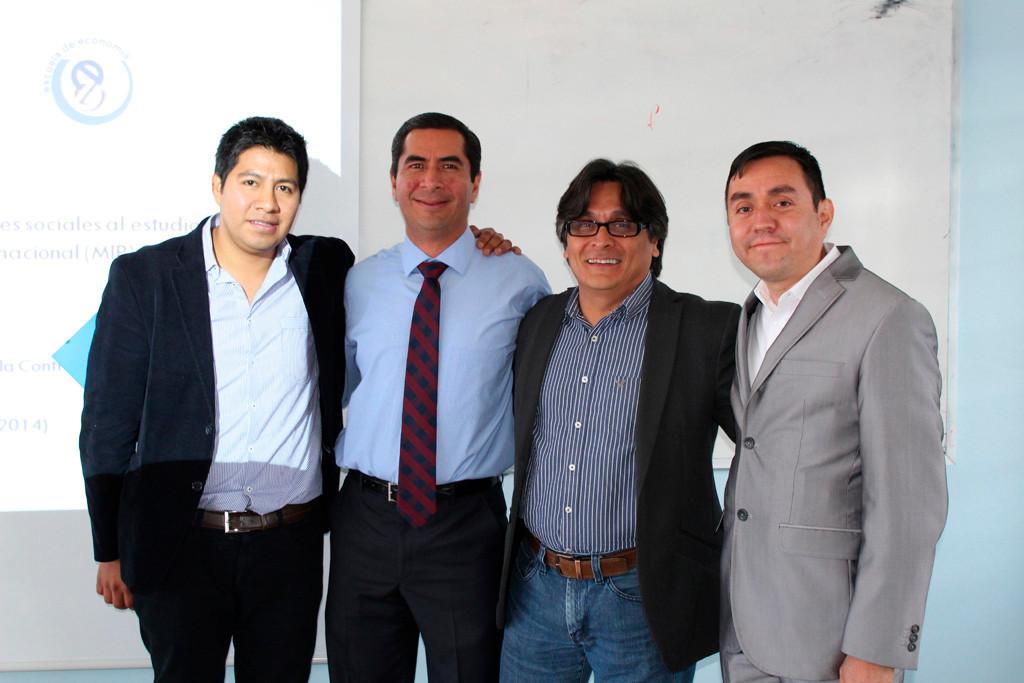 Examen de grado de David Revilla, Oaxaca, 2014.