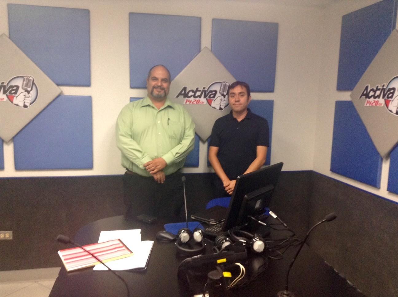 En Activa 1420 de AM, 2014. Con el Dr. Benjamín Carrera.