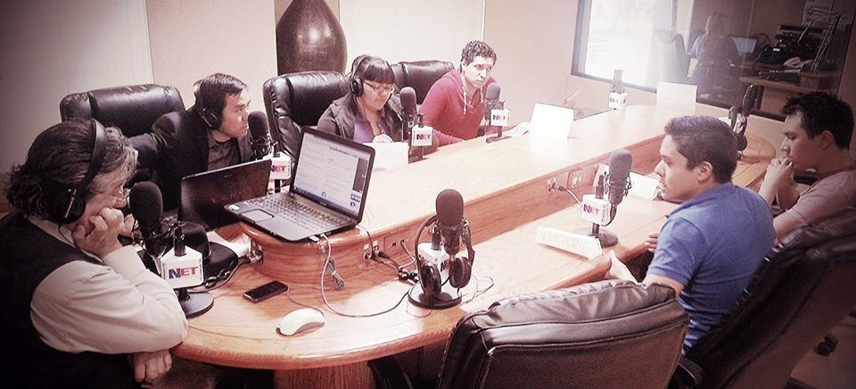 En el 1490 de AM con Daniel Valles y mis estudiantes, 2014.