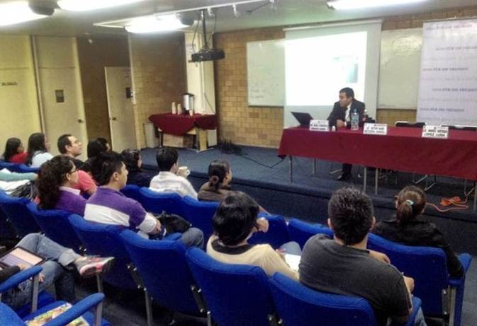 Seminario de Crecimiento Económico en el Politécnico Nacional, 2012