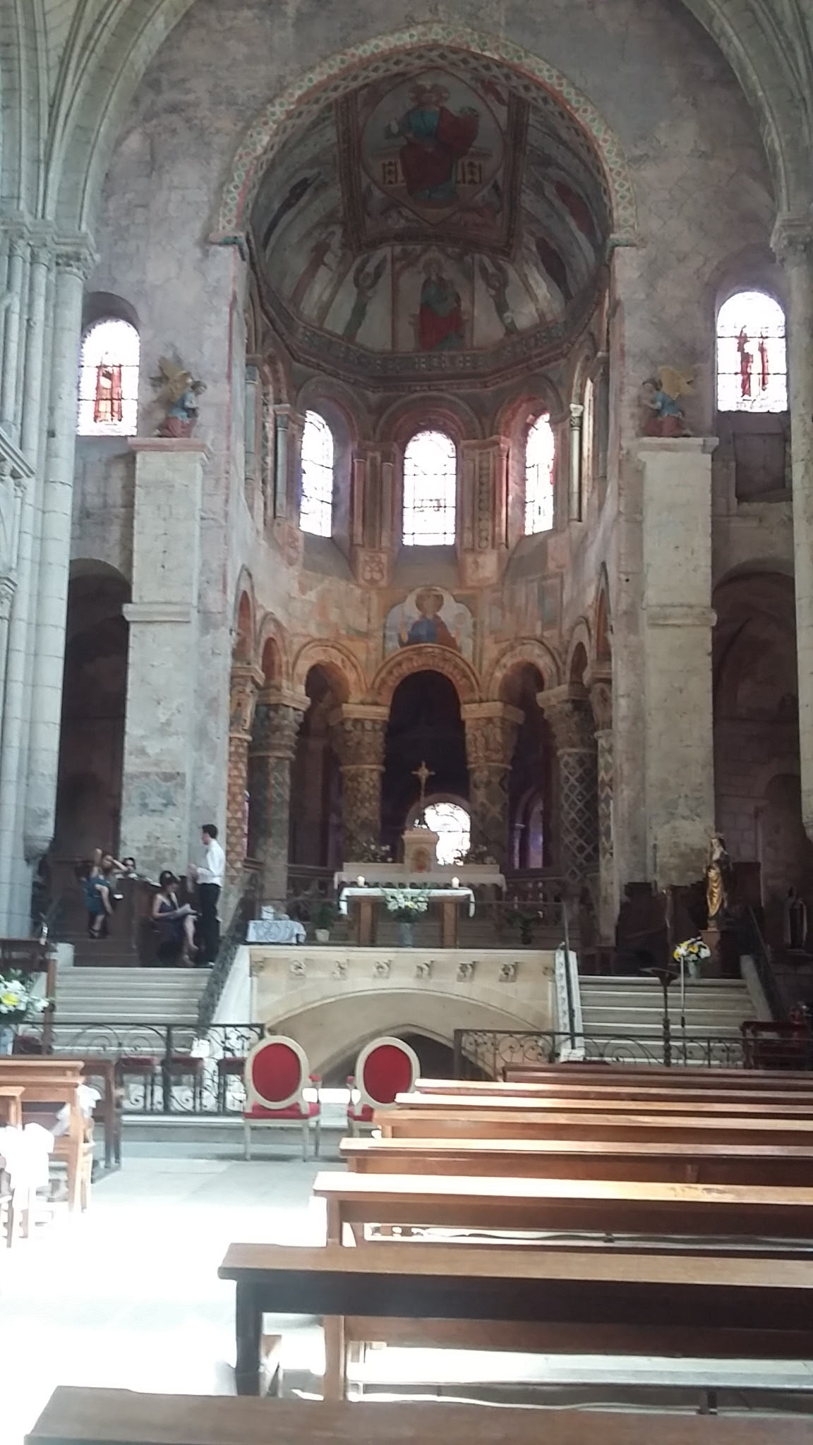 Choeur de l'église SainteRadegonde.
