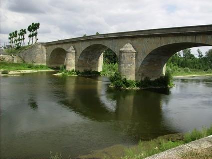 Pont sur la Creuse à Port-de-Piles