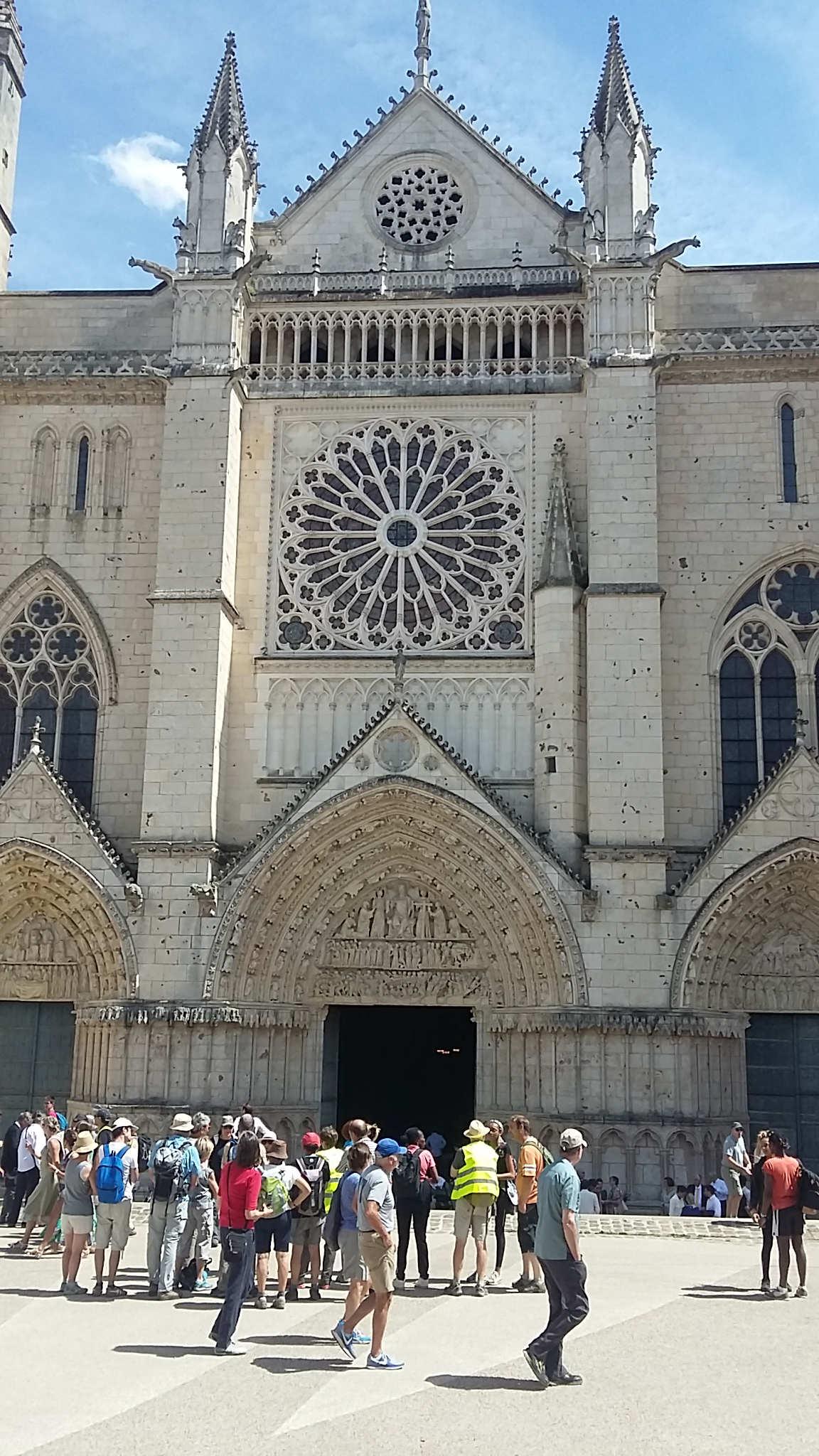 Façade de la Cathédrale Saint-Pierre.